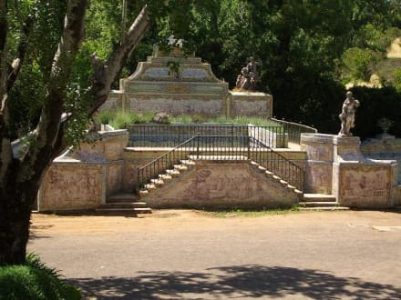 Im Park des Schlosses - Palácio Nacional de Queluz