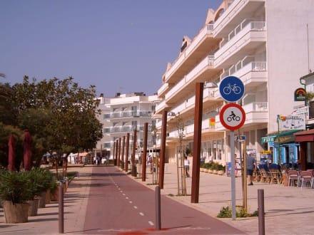 Promenade von Cala Bona - Hafen Cala Bona