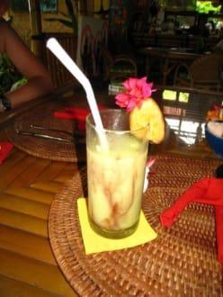 Avocado Saft mit Schoko - Warung Bambu