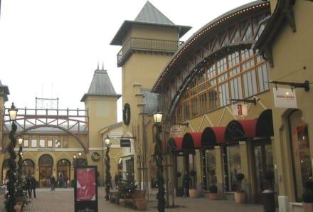 Dorfstraße - Wertheim Village