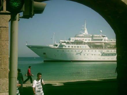 Rhodos Stadt - Yachthafen Mandraki