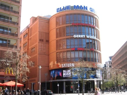 Blue Max Theater - Blue Man Group