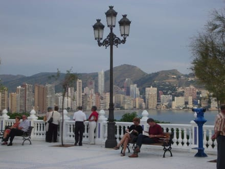 Blick Richtung Playa Levante - Plaza del Castell