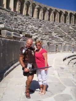 Troya & ich - Theater von Aspendos