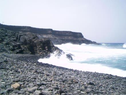 Steilküste - Bucht bei Los Molinos