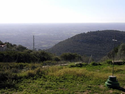 Ausblick über die Insel - Kloster Randa