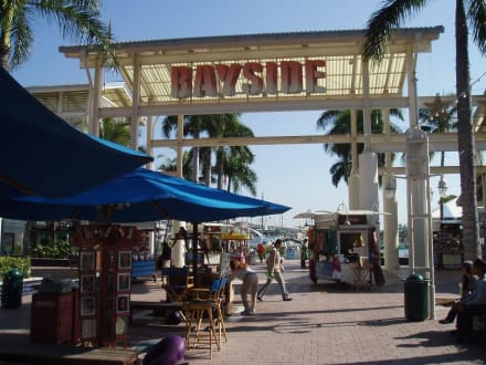 Bayside Marketplace Miami - Downtown und Marketplace