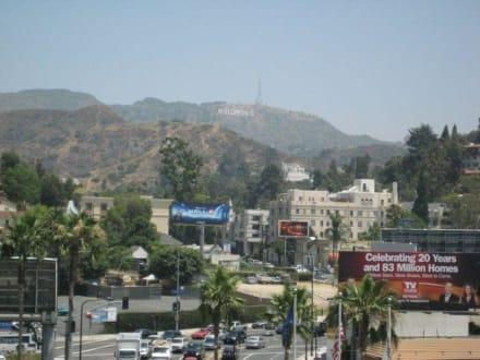 Blick zum Griffith Park - Hollywood Bowl