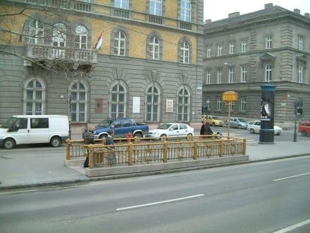 Eingang zur Metro - Transport