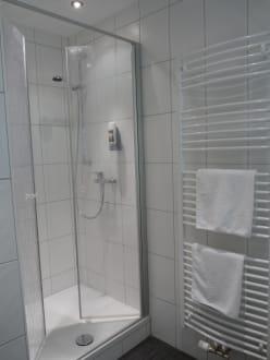 neue b der im haus 2 bild hotel luitpold am see 1 2 in prien am chiemsee bayern deutschland. Black Bedroom Furniture Sets. Home Design Ideas