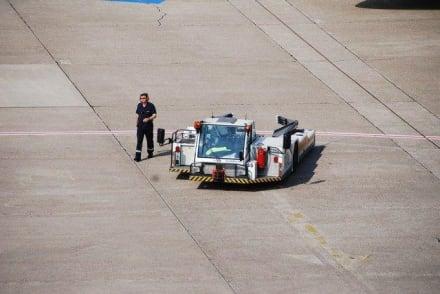 Betrieb am Flughafen - Flughafen Düsseldorf (DUS)