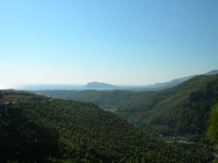 Ausblick von der Dim-Tropfsteinhöhle - Dim Höhle