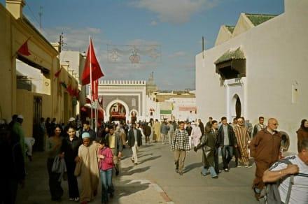 Medina und Boujeloud-Tor - Bou-Jeloud-Platz
