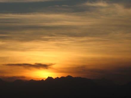 Sonnenuntergang in der Wüste - Wüstentour Hurghada