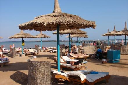 Strand - Hotel Tropicana Azure Club