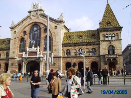 Großmarkthalle, erbaut vom Büro Eiffel - Markthallen