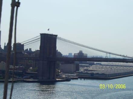 Brooklyn Bridge - Brooklyn Bridge