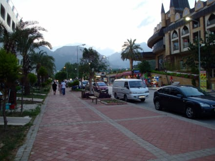 Market/Bazaar/Shopping center  - Göynük bei Kemer Shoppingmeile, Market