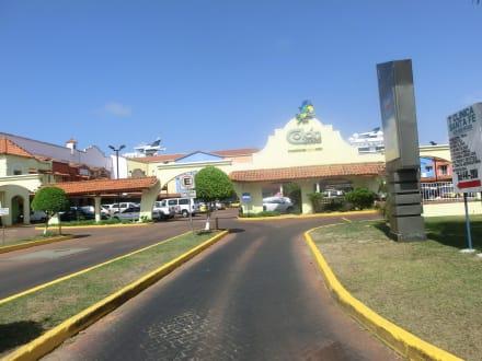 Zufahrt zum Hafen Colon - Freihandelszone