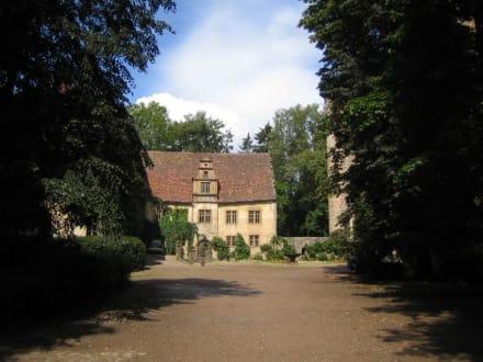 Der Innenhof des Schlosses. - Schloss Fürstenau