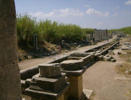 Prachtsrasse - Antike Stadt Perge