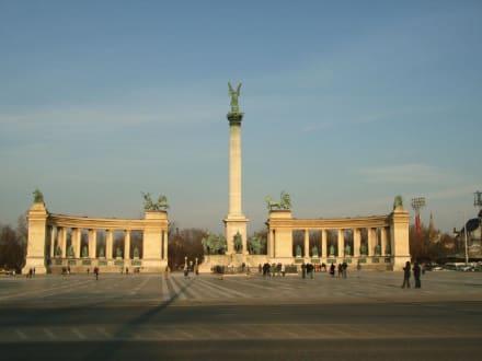 Heldenplatz - Heldenplatz