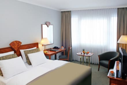 Hotelzimmer mit 100MBit Highspeed Internet - Hotel Crowne Plaza Berlin City Centre