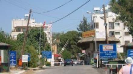 Grenzübergang - Grenzübergang in Nicosia