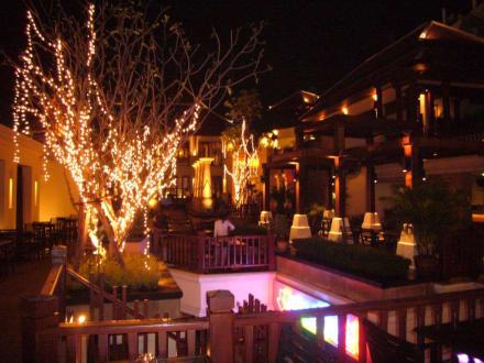 Blick in die May Mpuri Bar Bangkok - May Mpuri Siam Garden Bar