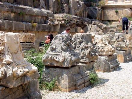 Antike Steine - Theater von Myra