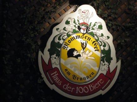 Emblem vom Mommsen Eck - Mommsen-Eck / Haus der 100 Biere