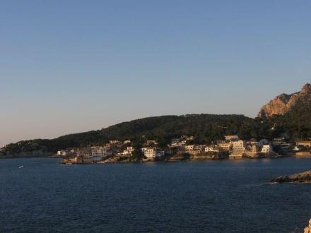 Die Stadt aus der Ferne betrachtet - Stadtrundgang San Telmo / Sant Elm