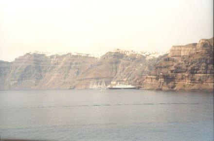 Santorin vom der Fähre/Meer aus! - Insel Santorin