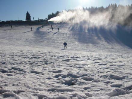 Eine der vielen Skipisten - Skigebiet Winterberg