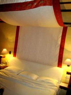 das sch nste bett der welt bild hotel grand resort in hurghada hurghada safaga gypten. Black Bedroom Furniture Sets. Home Design Ideas
