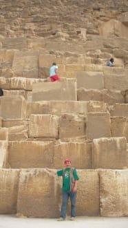 An der Cheops Pyramide - Pyramiden von Gizeh