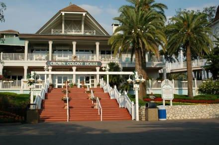 Crown Colony Haus im Edge of Africa - Busch Gardens