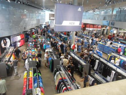 Cradle trace let's do it  Markt/Bazar/Shop-Center