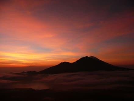 Sonnenaufgang auf dem Mt. Batur - Batur Vulkan