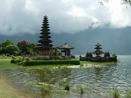 einer der Wassertempel - Tempel Pura Ulun Danu Bratan