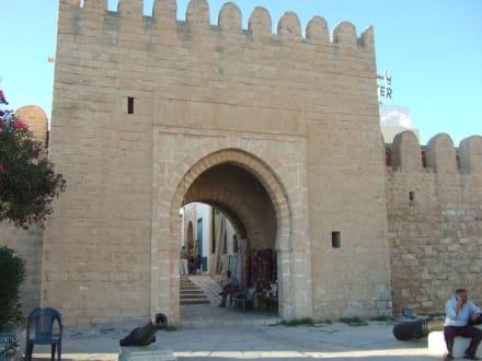 Eingang/Tor zur Medina - Medina