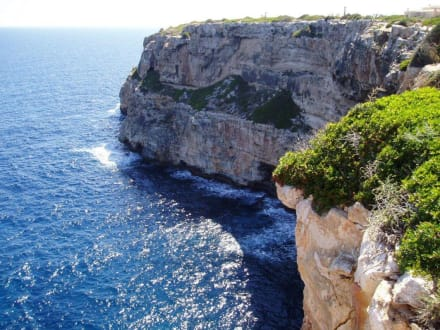 Steilküste - Cala Llombards