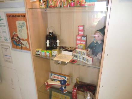 Diaprojektor aus Uraltzeiten - DDR Museum Thale