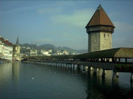 Schweiz - Luzern - City - Vierwaldstätter See - Kapellbrücke