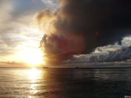 Sunset am White Beach - Strand White Beach