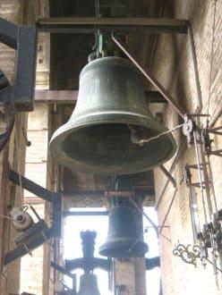 Glocken der Giraldar - Kathedrale von Sevilla