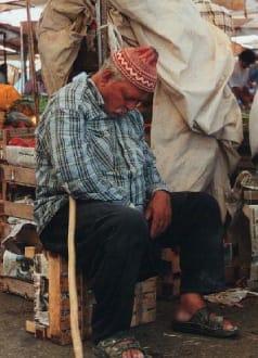Nickerchen auf dem Bauernmarkt von Manavgat - Markt