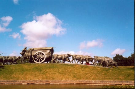 La Carretera, bekannte Skulptur in Montevideo - Park Prado