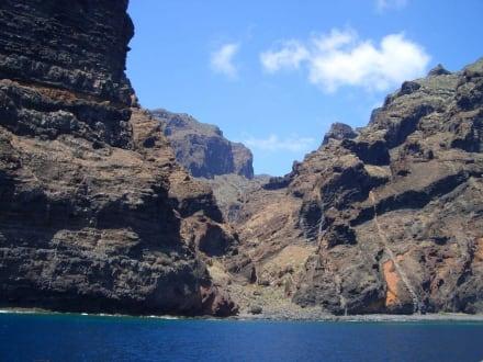 """Bootsfahrt nach """"Los Gigantis"""" dann... - Steilküste Los Gigantes"""