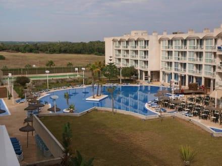 Poolanlage - Hotel Alzinar Mar